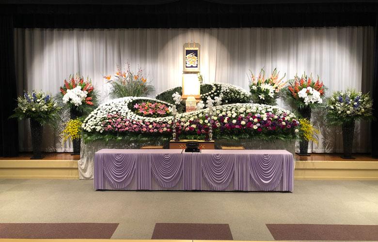 コスモール・コイデ祭壇